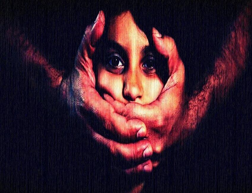 কাশ্মীরে ফের কিশোরী গণ ধর্ষণ ও হত্যার ঘটনায় গ্ৰেপ্তার ৫ অভিযুক্ত