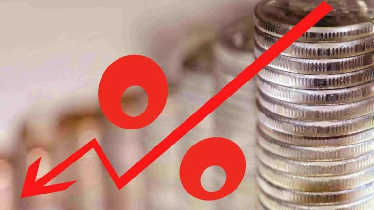 ভারতীয় টাকার মূল্য তলানিতে নেমে প্ৰতি ডলারে ৭৩ টাকা
