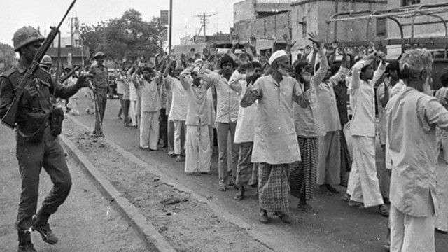মীরাটের গণ হত্যাকাণ্ড নিয়ে উত্তরপ্ৰদেশ পুলিশের ১৬ জন কর্মীকে যাবজ্জীবনের নির্দেশ দিল্লি হাইকোর্টের