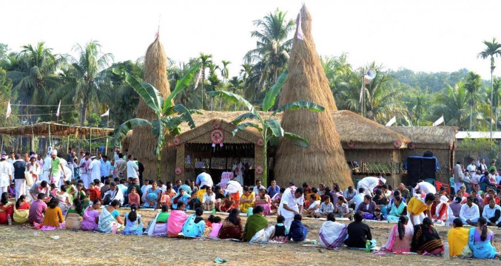অশান্ত পরিস্থিতির মধ্যেও রাজ্যে সাড়ম্বরে পালিত ভোগালি বিহু
