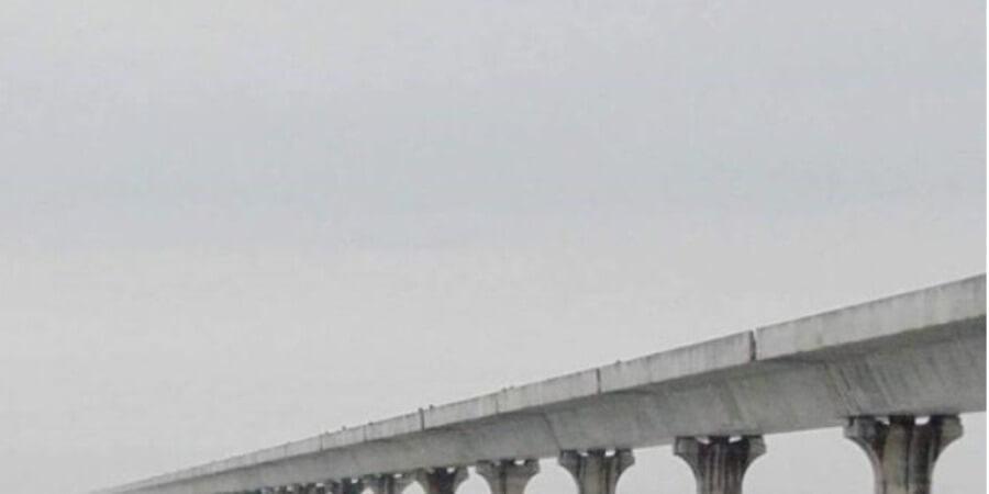গহপুর-নুমলিগড় চারলেন সড়কঃ ব্ৰহ্মপুত্ৰের উপর সেতু অথবা টানেল নির্মাণের প্ৰস্তাব