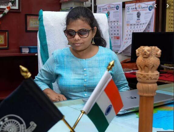 ভারতের প্ৰথম দৃষ্টিশক্তিহীন মহিলা আইএএস তিরুবনন্তপুরমের সাব-কালেক্টরের দায়িত্বে