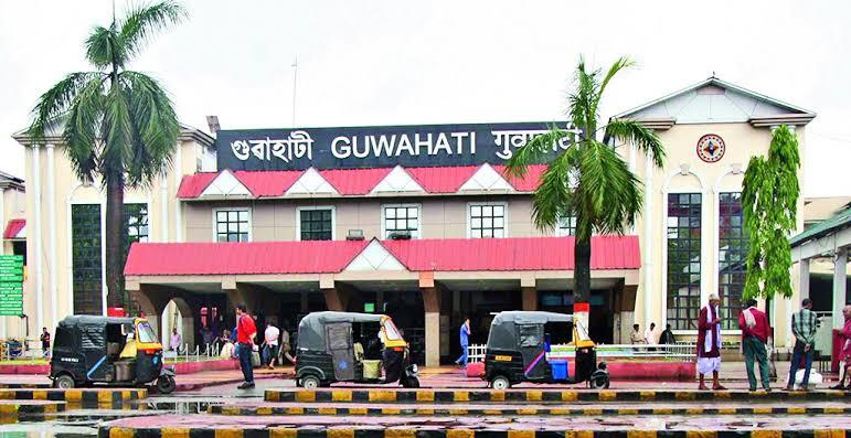 অপরাধের রম্যভূমি হয়ে পড়ছে গুয়াহাটি রেলস্টেশন,নিরাপত্তাহীন বোধ করছেন যাত্ৰীরা