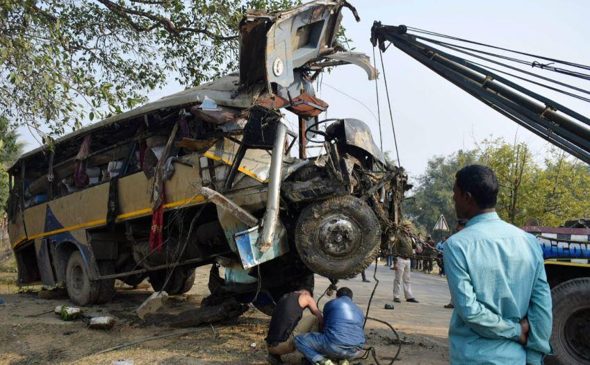গোয়ালপাড়ায় বাস দুর্ঘটনায় নিহত ৬,আহত ৩০ জনের বেশি